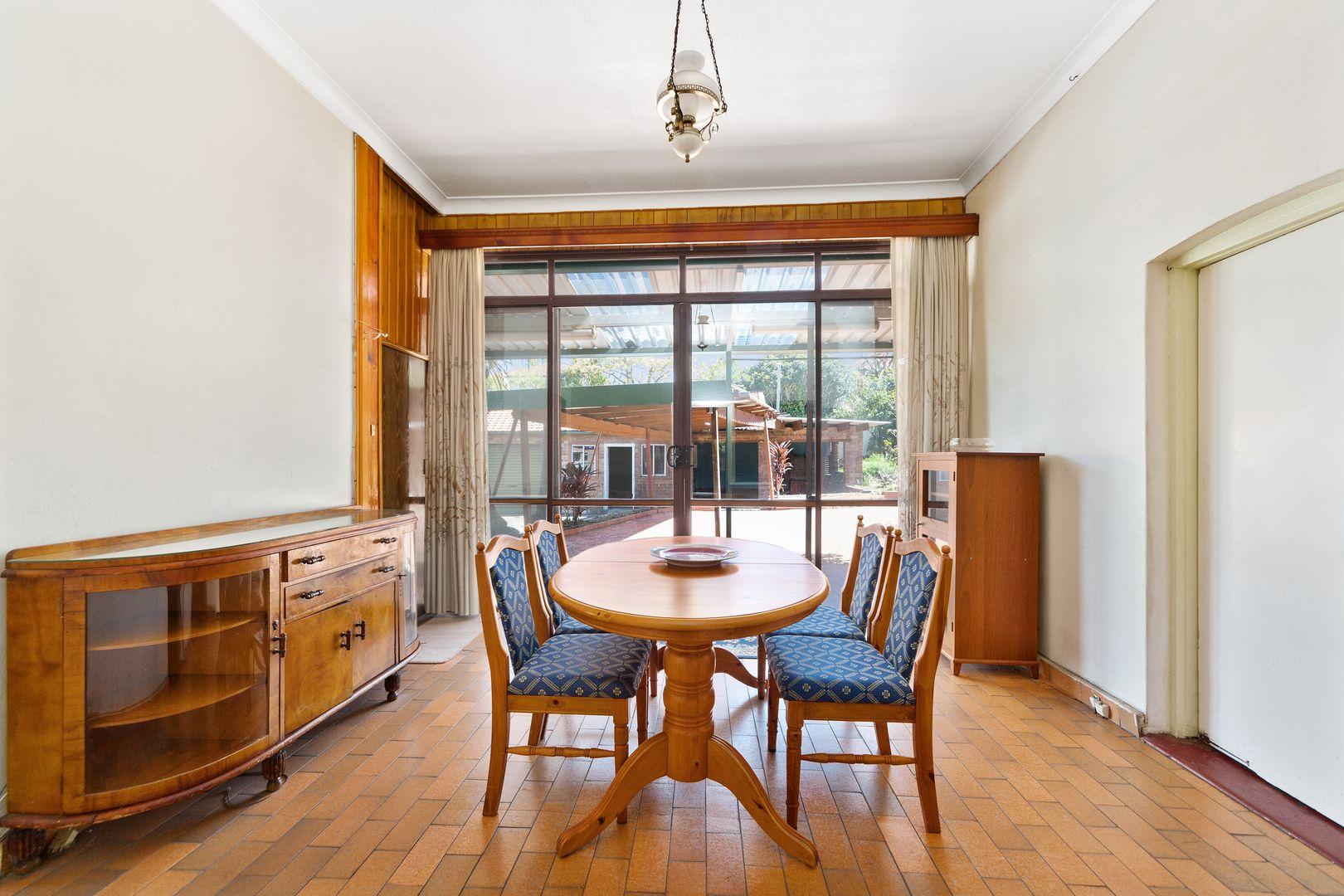 28 Cottenham Avenue, Kensington NSW 2033, Image 2