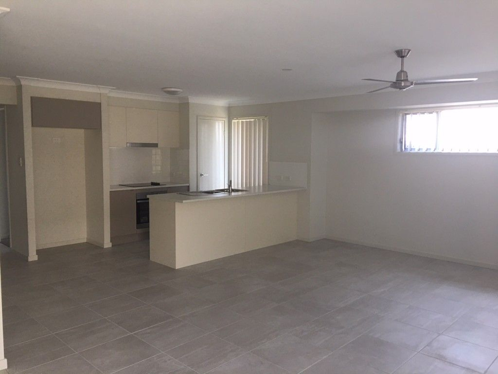 6 Starling Street, Deebing Heights QLD 4306, Image 1
