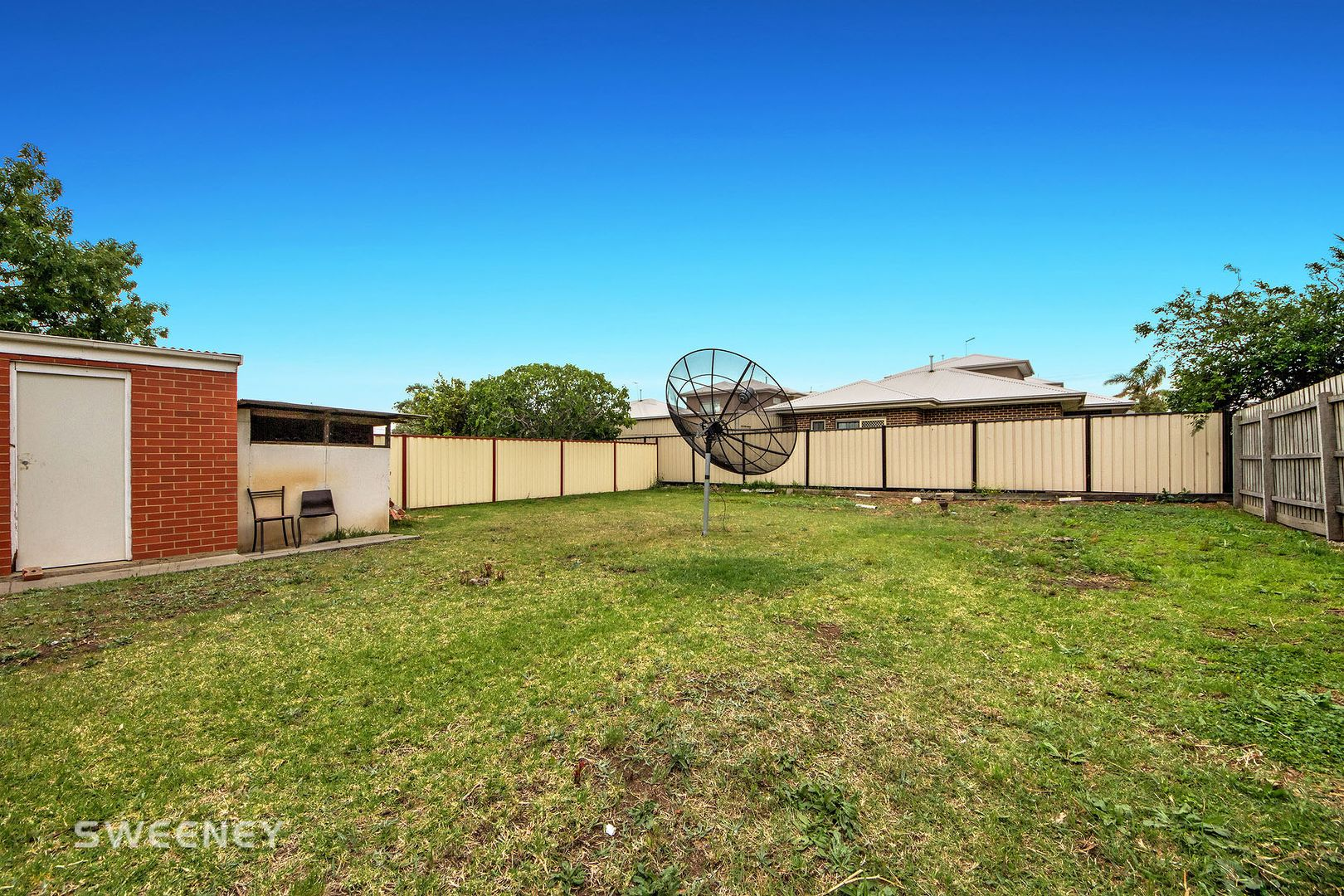 63 Manfred Avenue, St Albans VIC 3021, Image 2