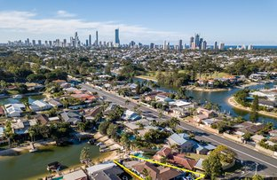 Picture of 3 Sara Avenue, Broadbeach Waters QLD 4218