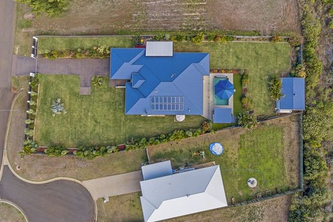 Picture of 27 Finemore Crescent, QUNABA QLD 4670