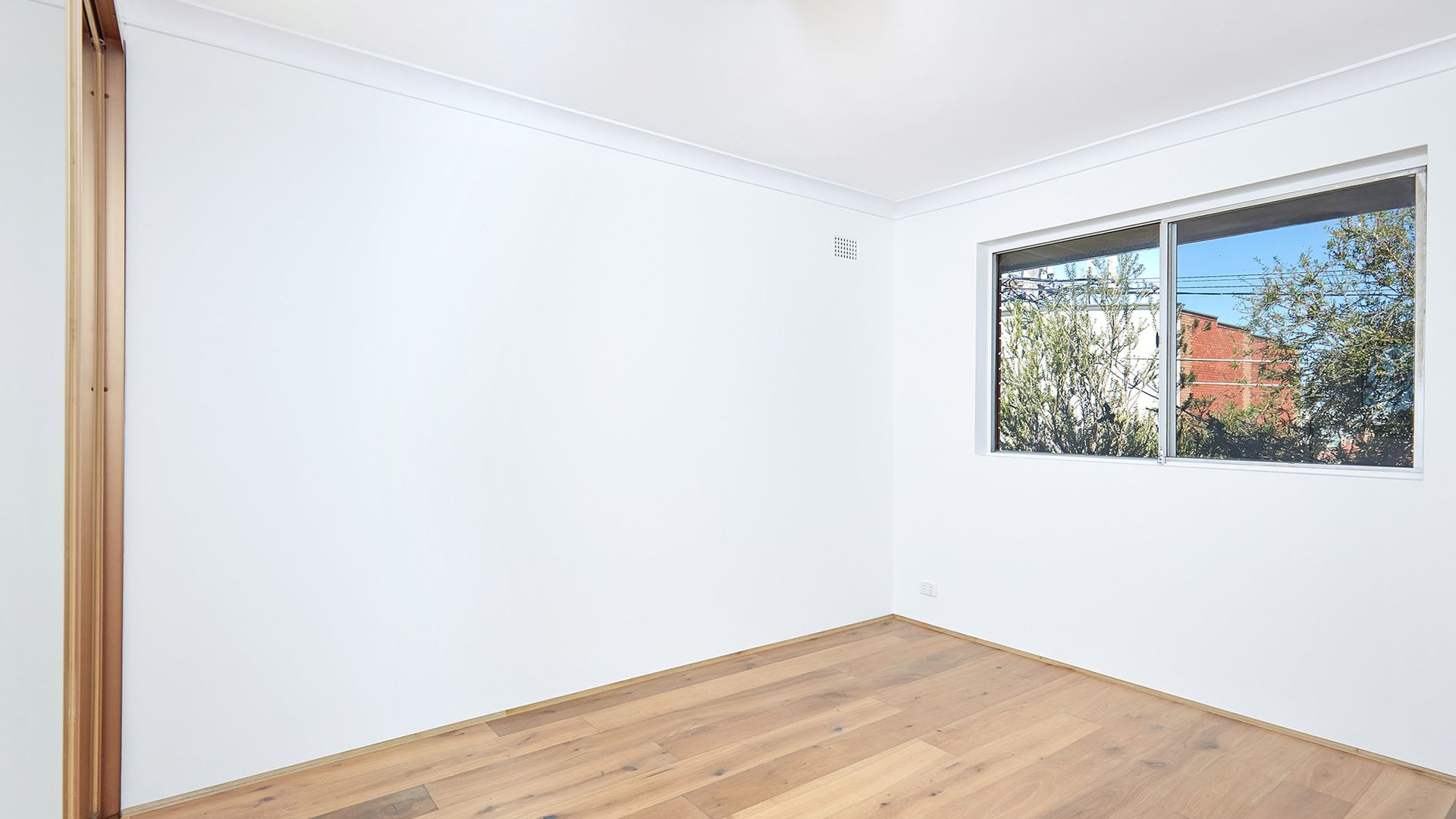 4/1 Brooklyn Street, Tempe NSW 2044, Image 2