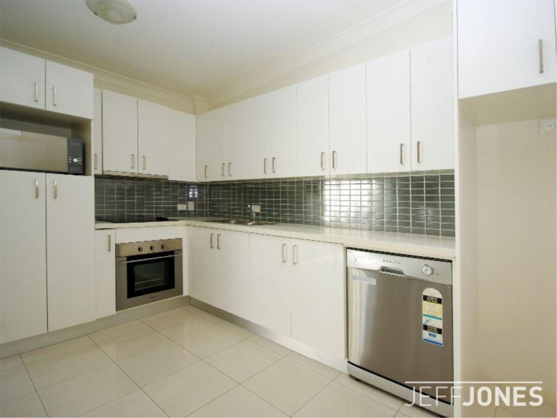 23/108 Nicholson Street, Greenslopes QLD 4120, Image 2