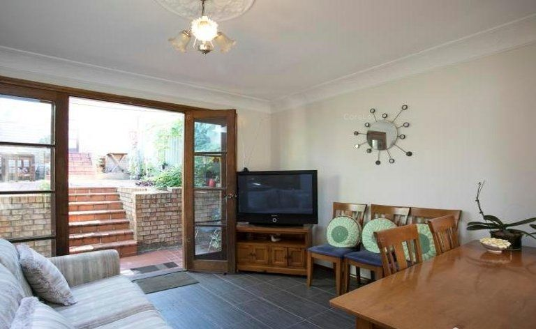 3 Creek Street, Forest Lodge NSW 2037, Image 2