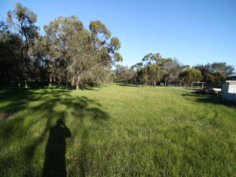 17 Quartermaine Road, Woodanilling WA 6316, Image 2