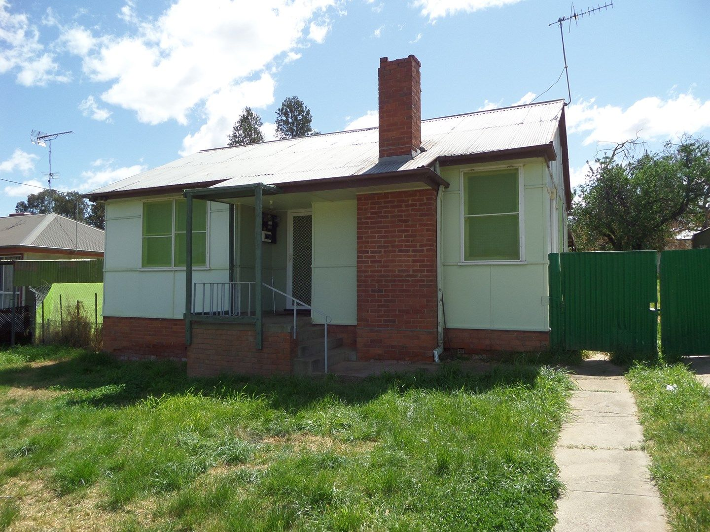 13 Flood Street, Narrandera NSW 2700, Image 0
