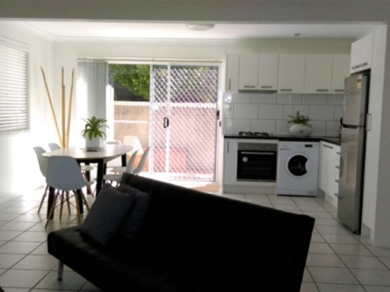 16 Blamey Street, Battery Hill QLD 4551, Image 0