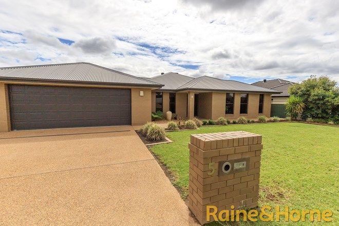 Picture of 5 Riviera Avenue, DUBBO NSW 2830