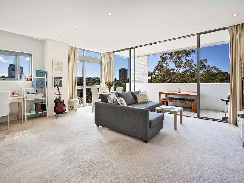 706/55 Lavender Street, Milsons Point NSW 2061, Image 2