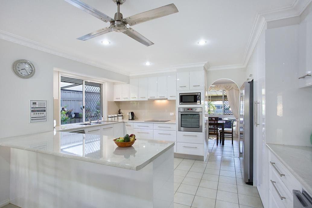 129 Witt Avenue, Carrara QLD 4211, Image 2