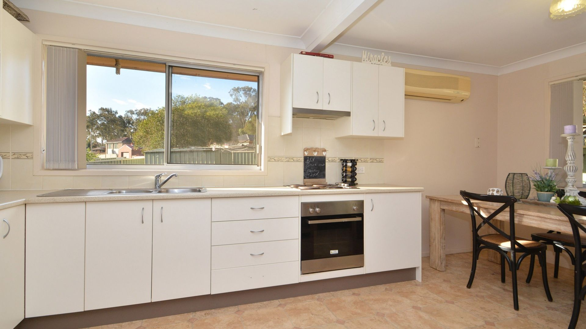 21 Woolley Close, Thornton NSW 2322, Image 1