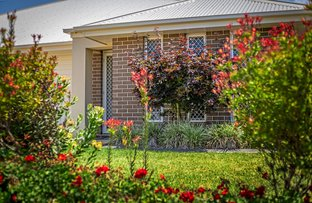Picture of 2/21 McMorrow Street, Kearneys Spring QLD 4350