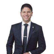 Max Martinucci, Sales representative