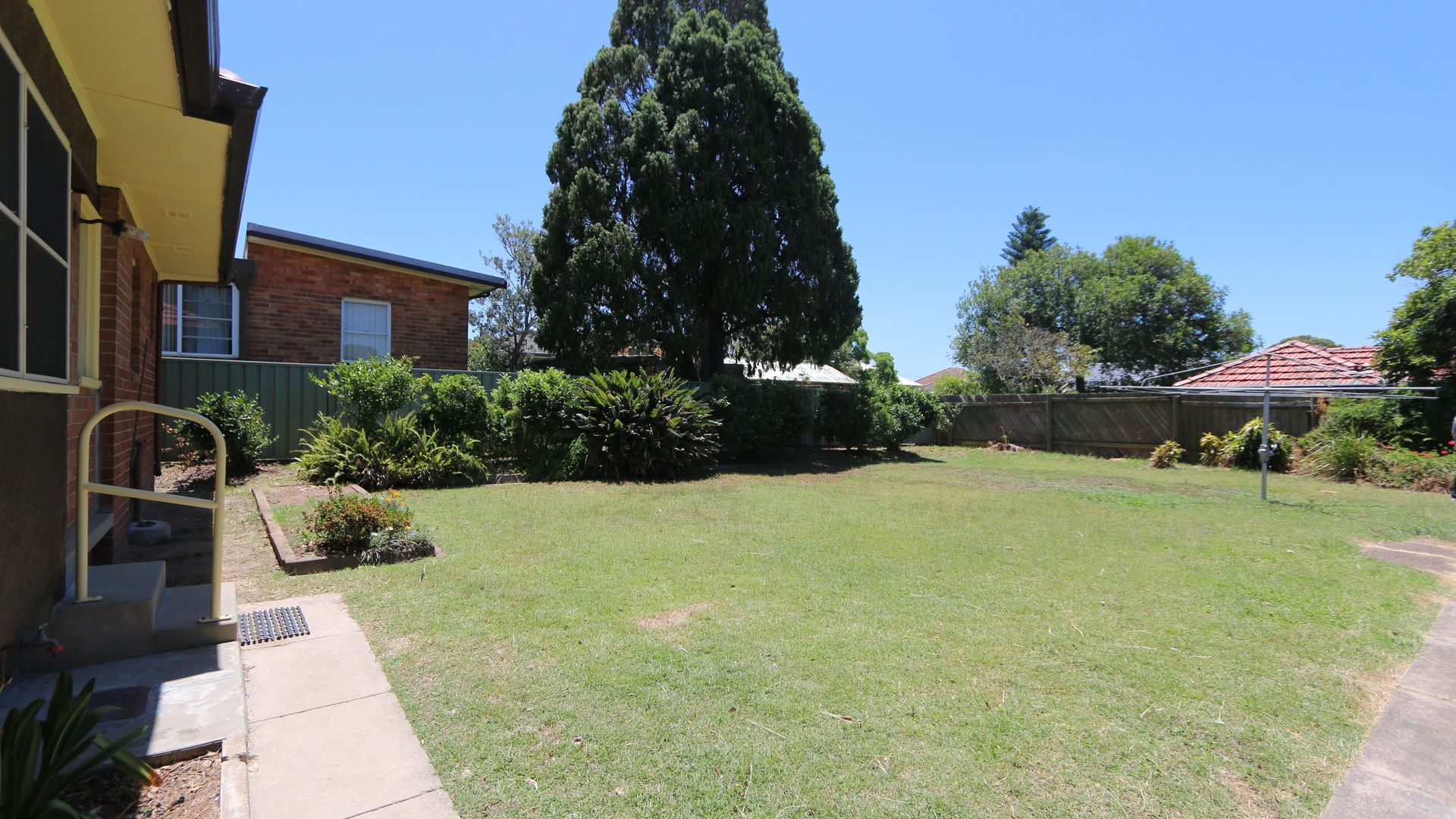 294 New England Highway, East Maitland NSW 2323, Image 2
