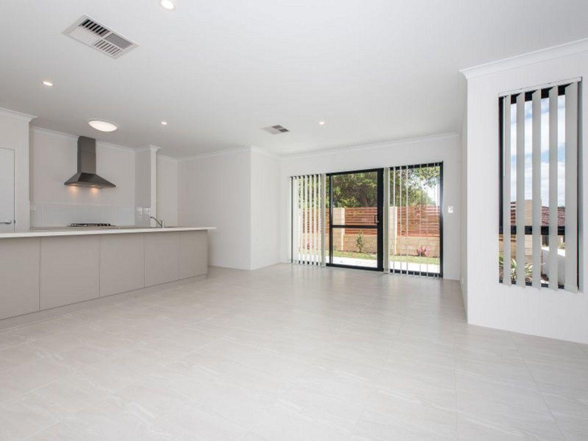 10 Smiths Avenue, Redcliffe WA 6104, Image 2