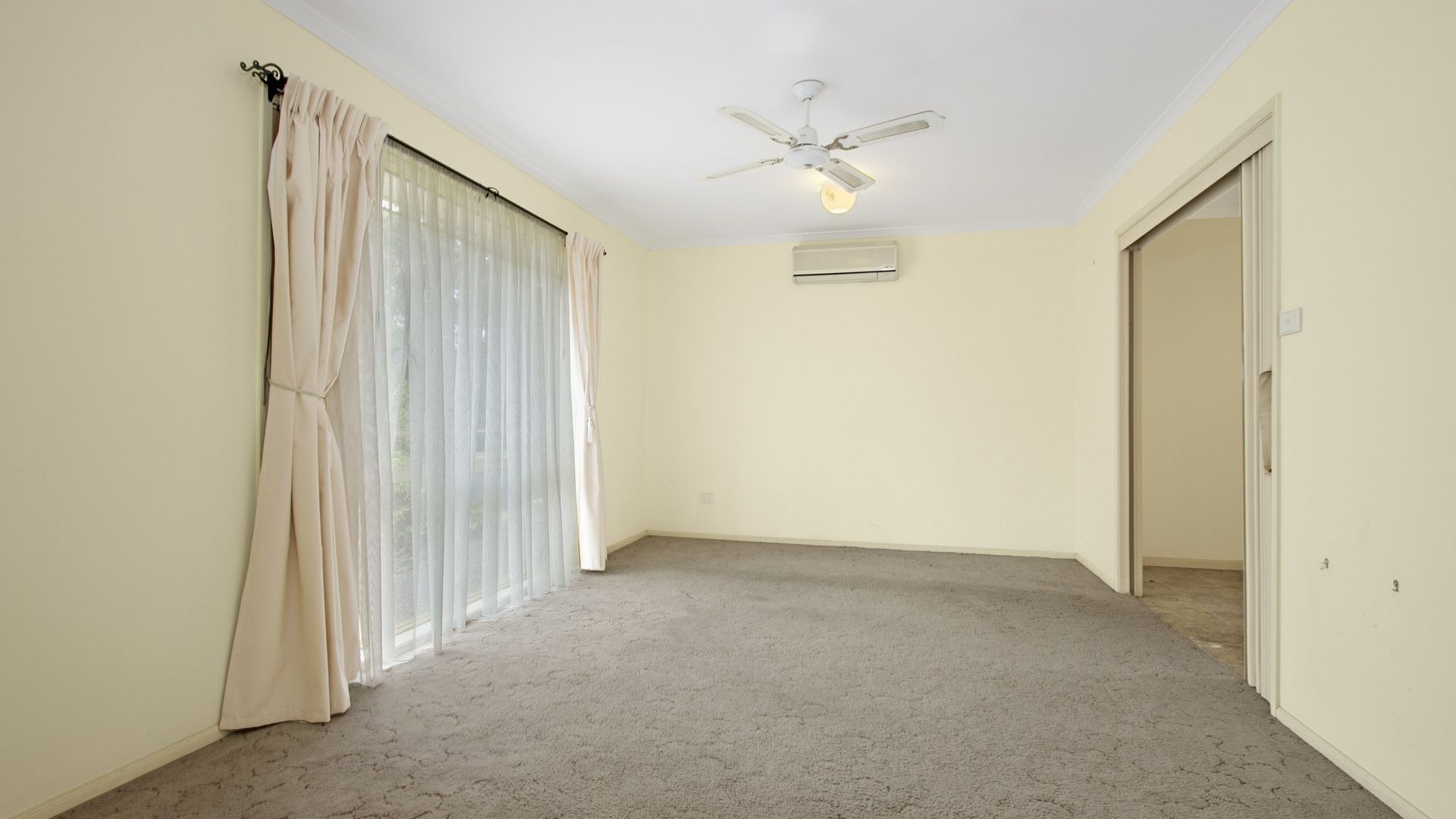116 Hume Road, Sunshine Bay NSW 2536, Image 2