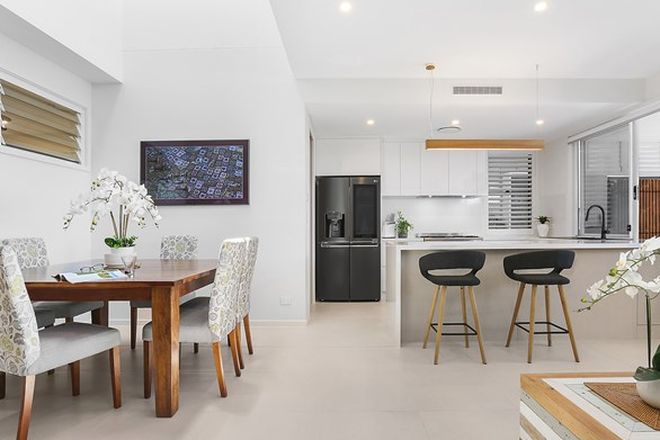 Picture of 4/14 Coral Sea Drive, PELICAN WATERS QLD 4551