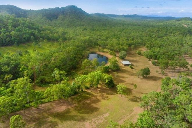 Picture of 59 Mount Stowe Road, WEST STOWE QLD 4680