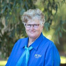Sandra Walk, Sales representative