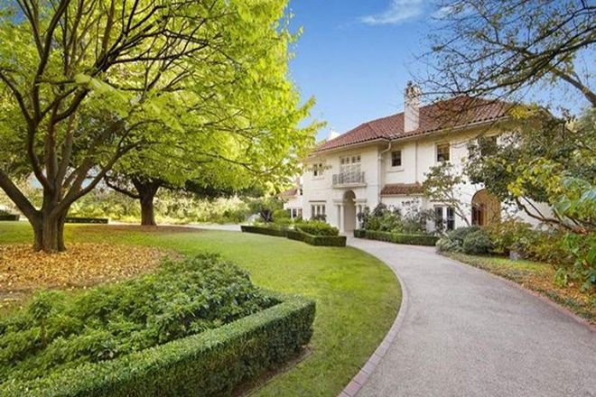 Picture of 61 Clendon Road, TOORAK VIC 3142