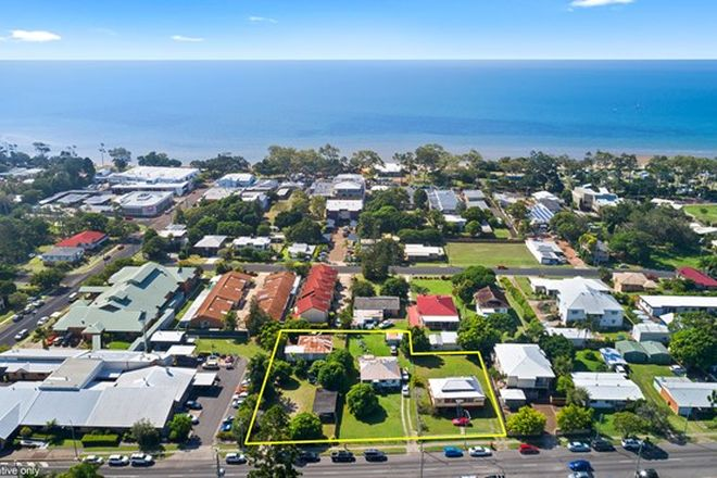 Picture of 148, 150 & 152 Torquay Road, SCARNESS QLD 4655
