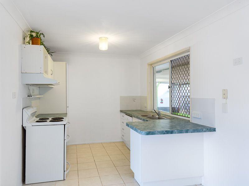 12 Camille, Wynnum West QLD 4178, Image 1