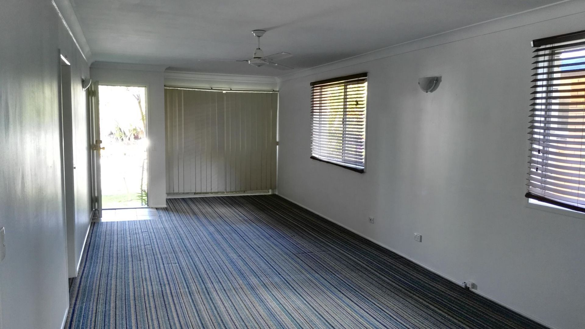 39 Palm Beach Avenue, Palm Beach QLD 4221, Image 2