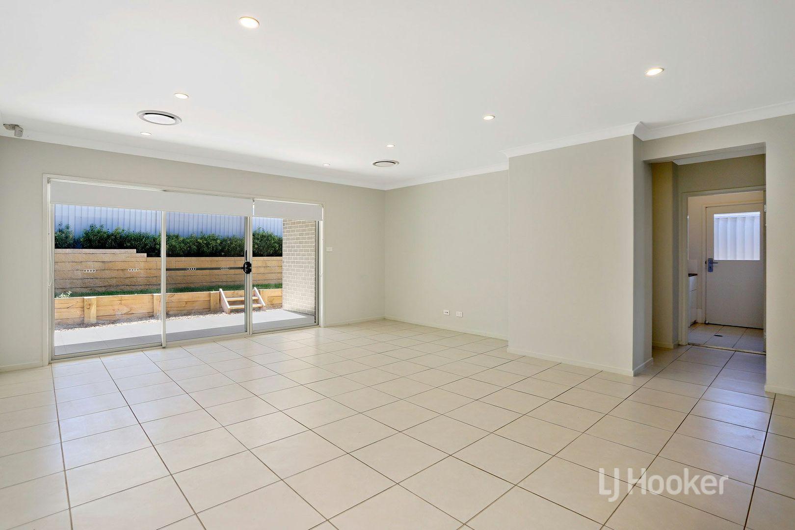4 Evergreen Drive, Oran Park NSW 2570, Image 2
