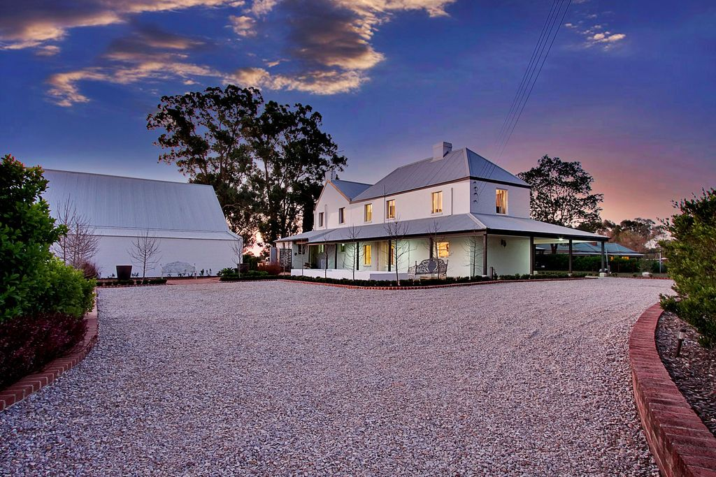 23 Clare Crescent, Oakville NSW 2765, Image 2