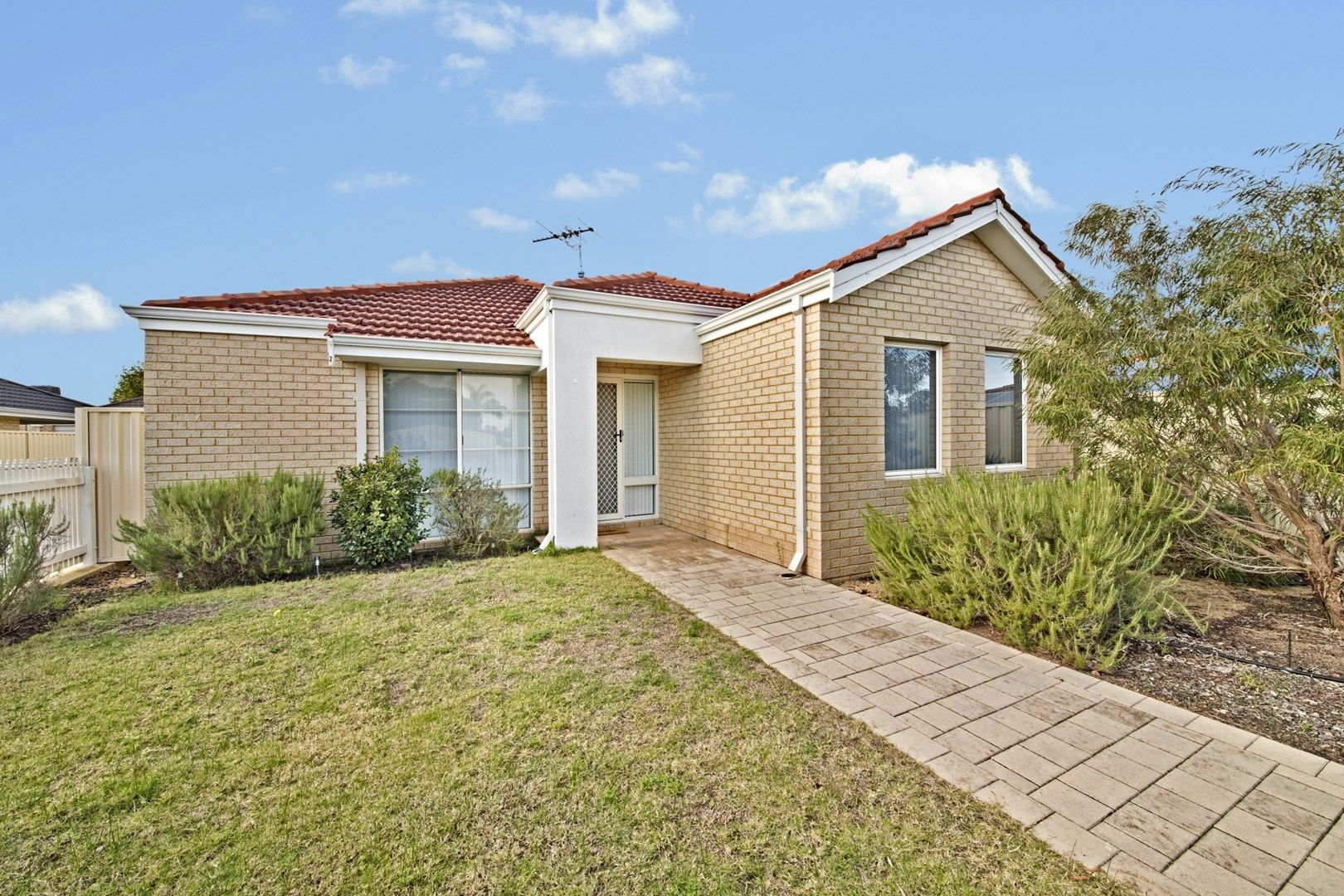 4/23 Bampton Way, Warnbro WA 6169, Image 0