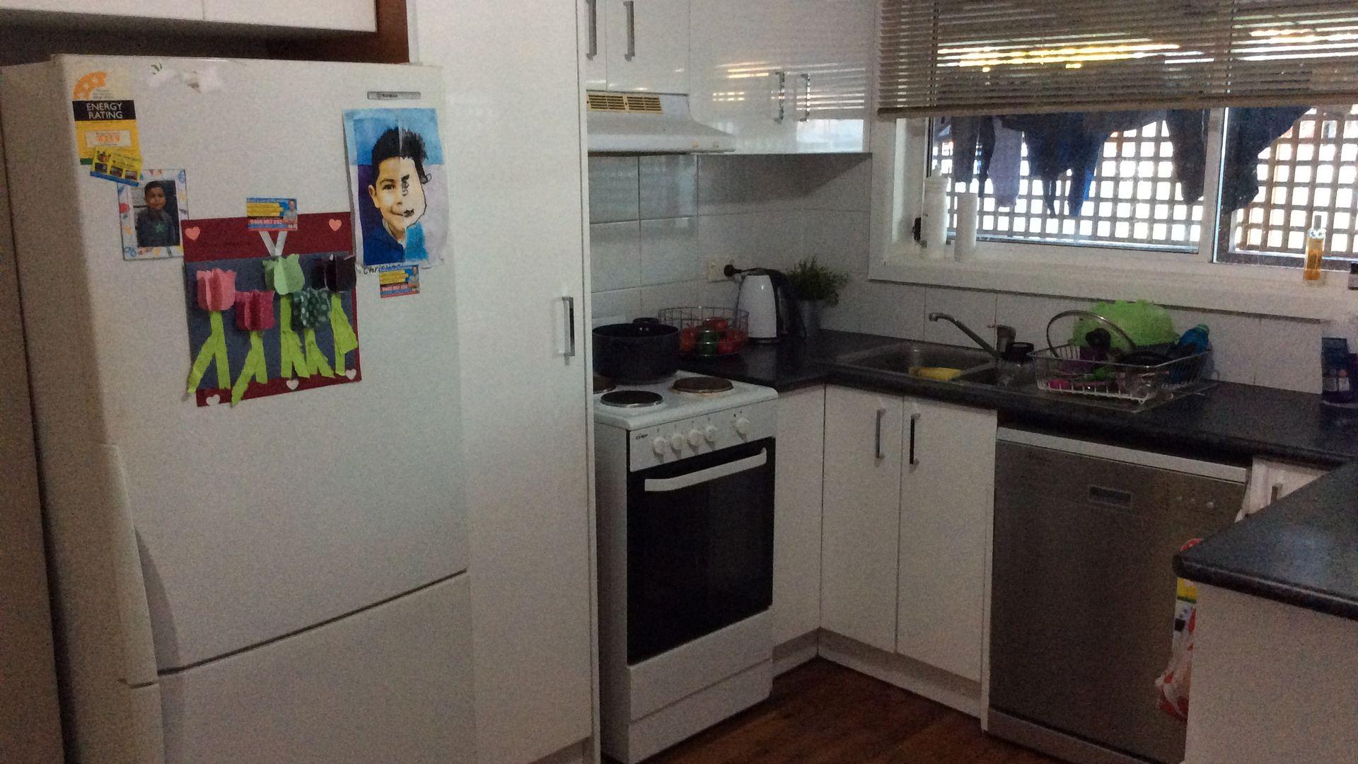 28 Hinkler Street, Smithfield NSW 2164, Image 1