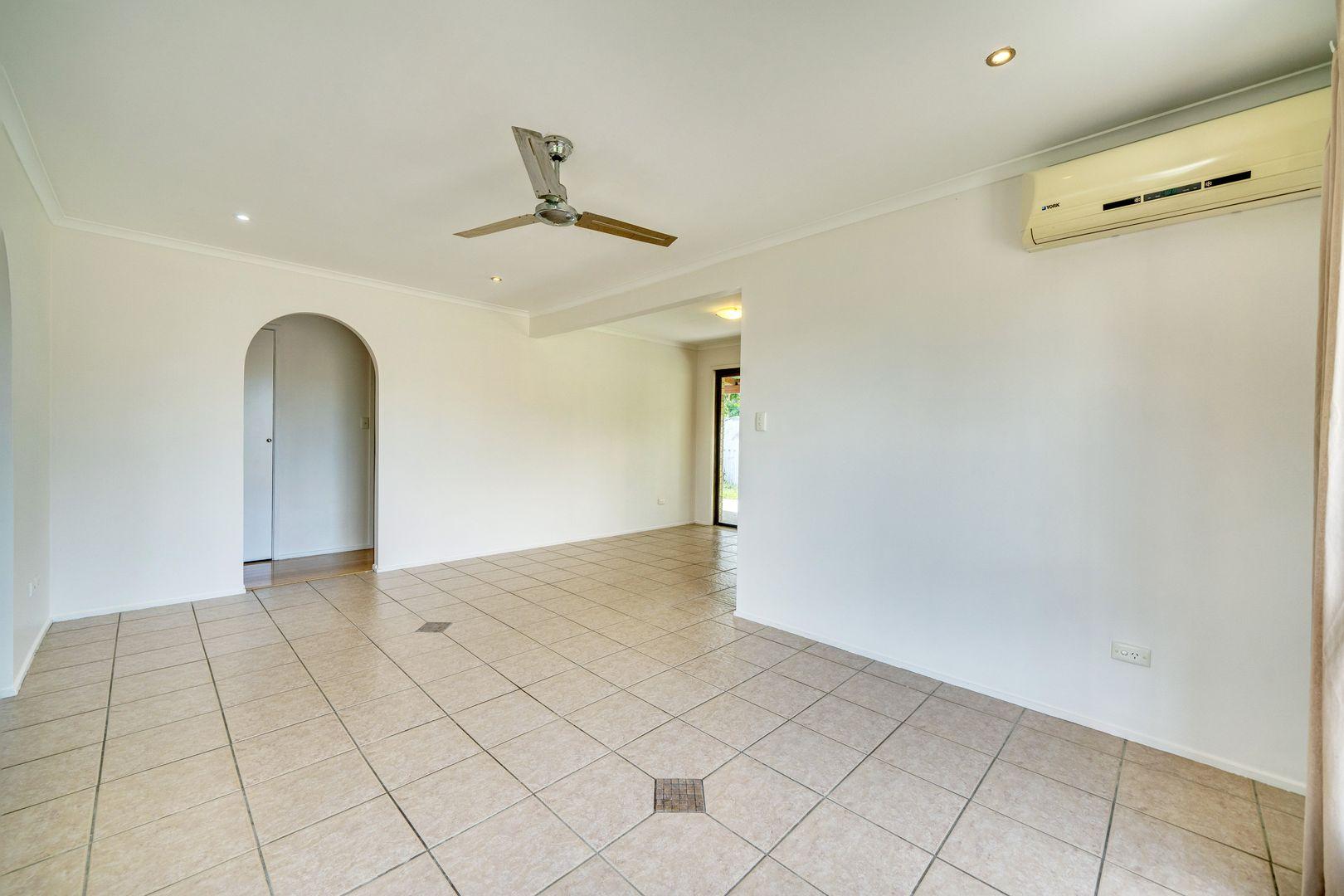 39 Holder Street, Loganholme QLD 4129, Image 2