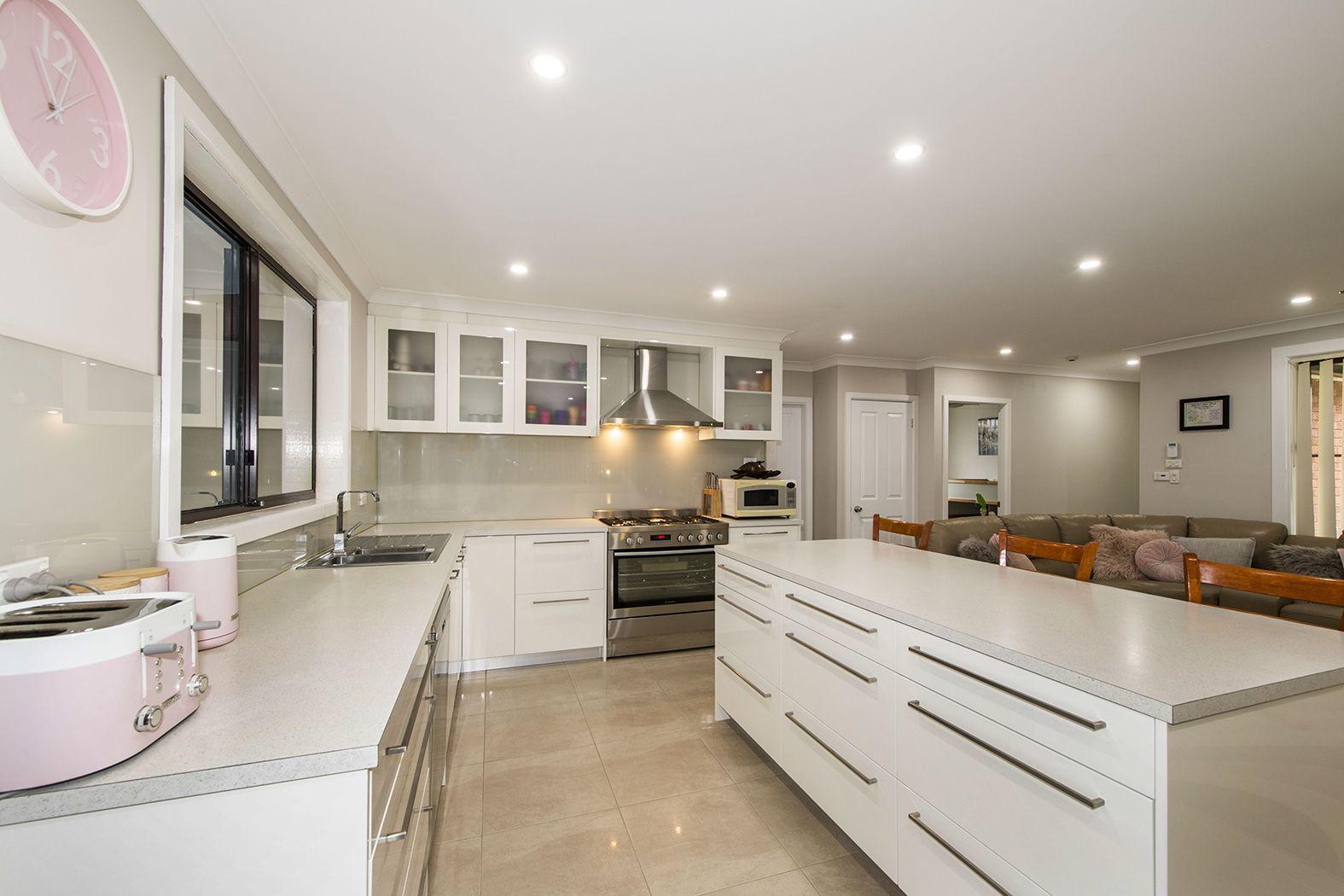 42 Mulgoa Road, Regentville NSW 2745, Image 0