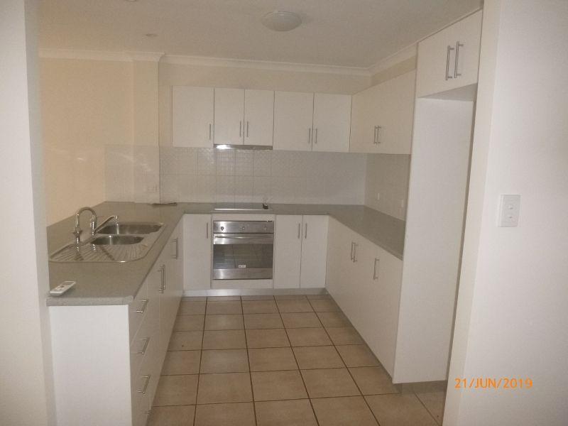 4/6-8 Gladys Street, Kingaroy QLD 4610, Image 1