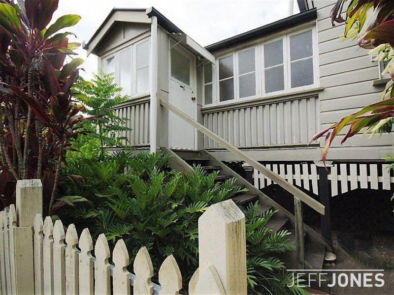 2 Jubilee Street, Stones Corner QLD 4120, Image 0
