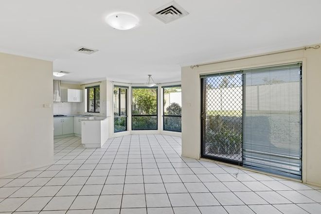 Picture of 28 Macintyre Street, BATEAU BAY NSW 2261