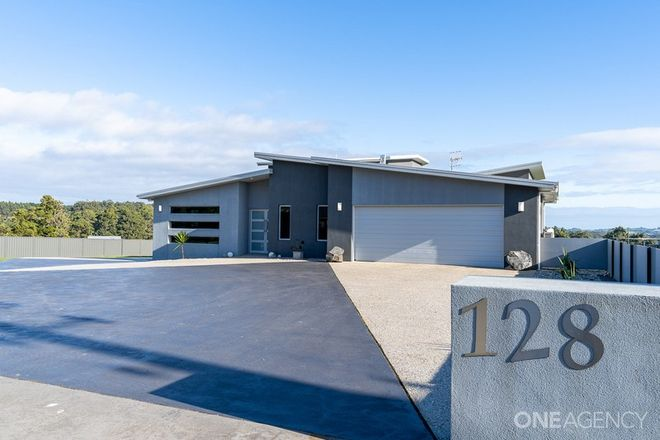 Picture of 128 Lennah Drive, WYNYARD TAS 7325
