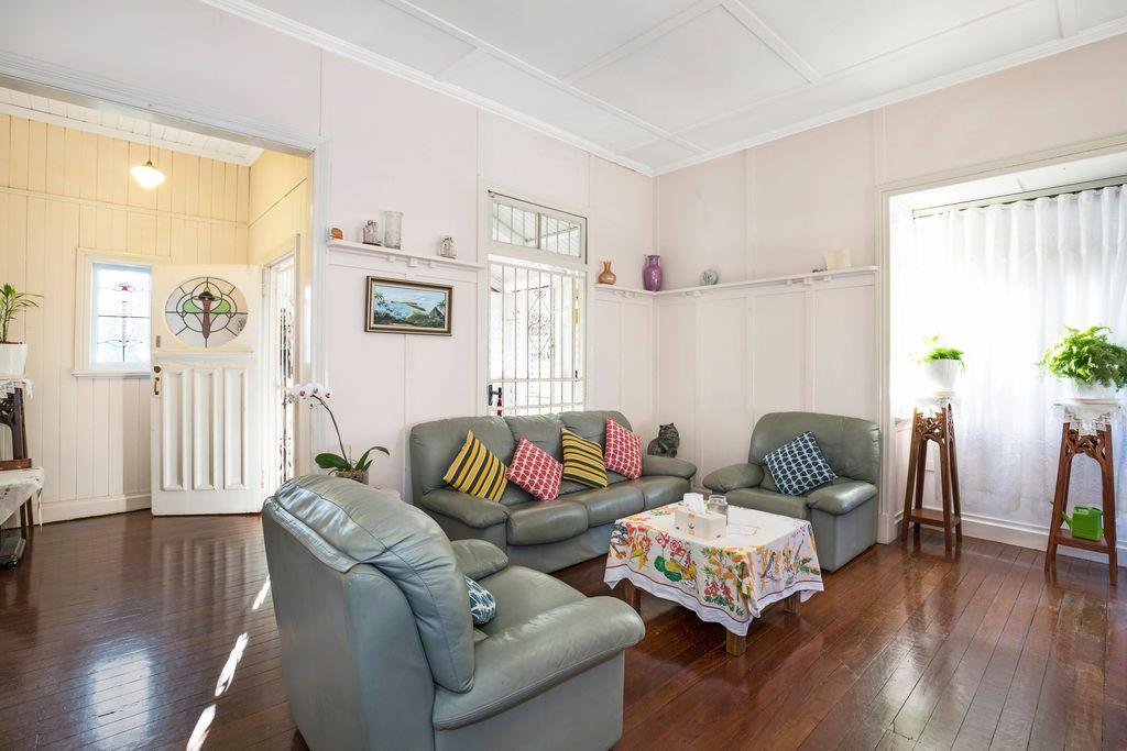 19 Kirkland Avenue, Coorparoo QLD 4151, Image 1
