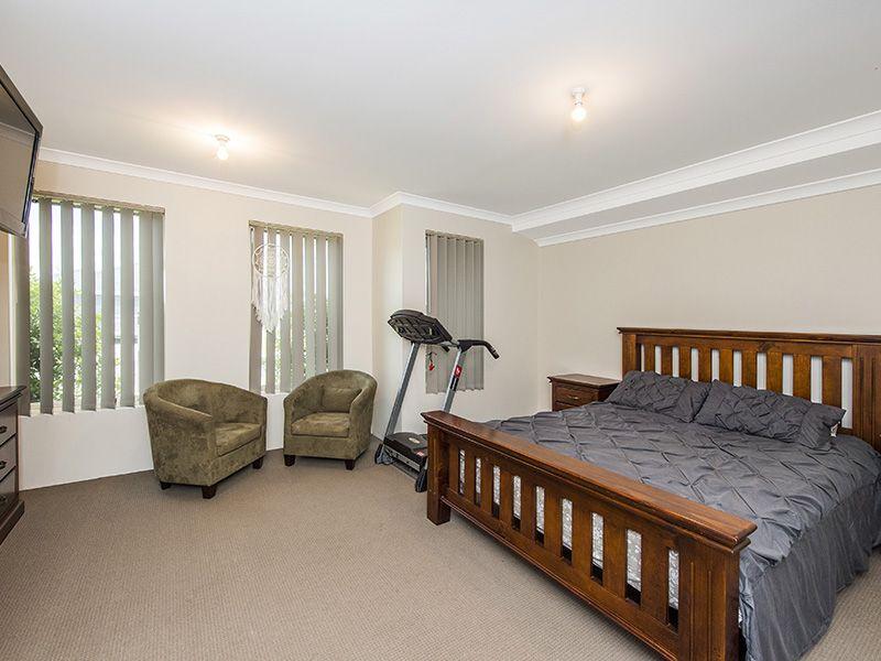 12 Kensington Lane, Australind WA 6233, Image 2