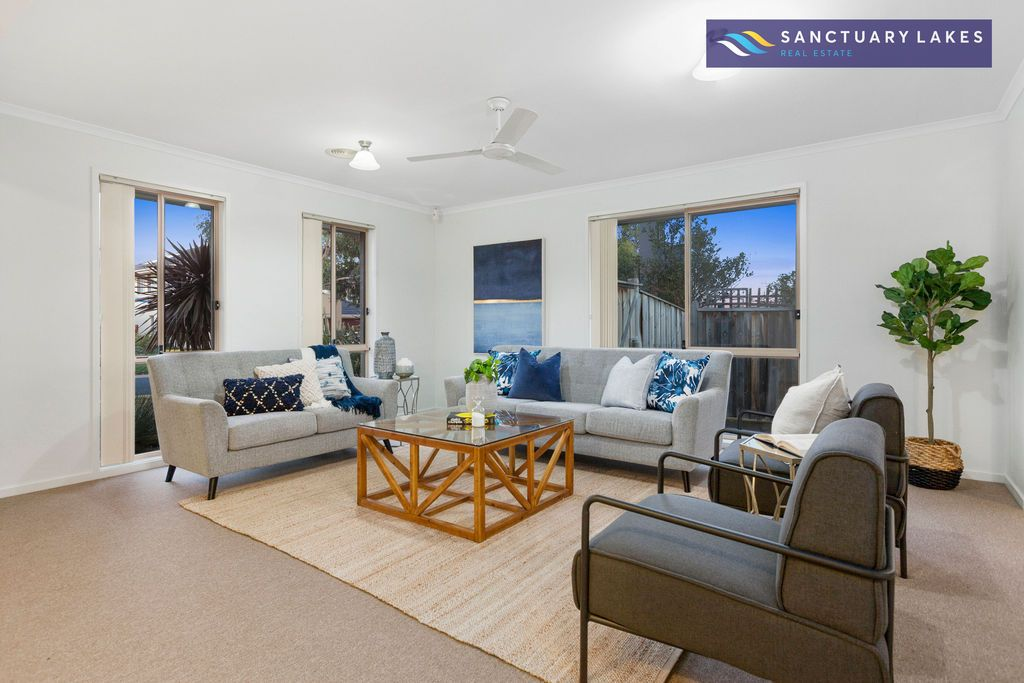15 The Breezewater, Sanctuary Lakes VIC 3030, Image 1