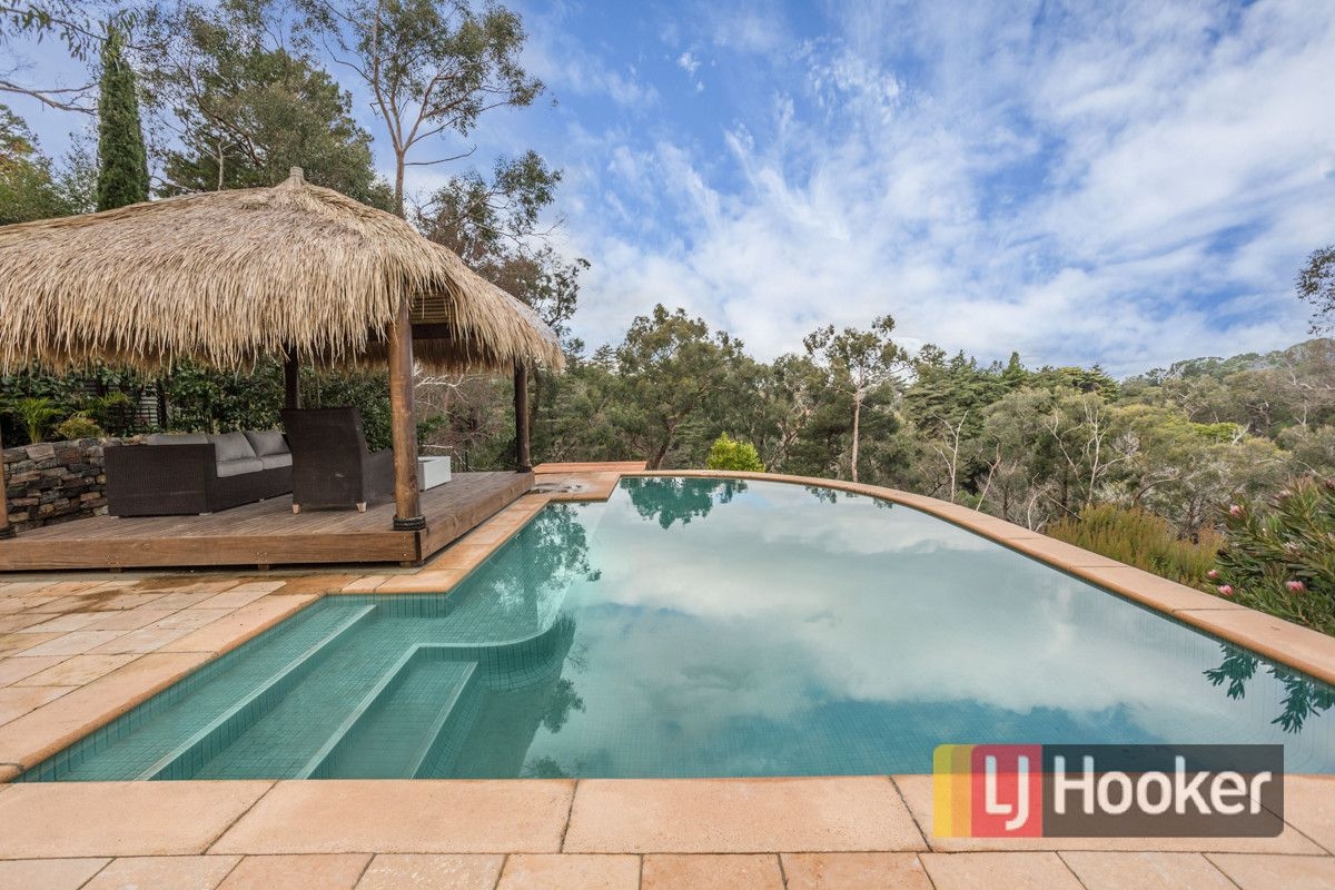 27 Rostrevor Road, Stirling SA 5152, Image 1