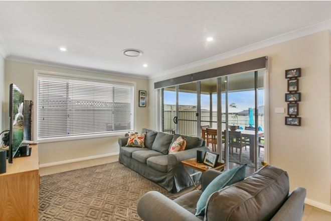Picture of 10 Hovea Court, DUBBO NSW 2830
