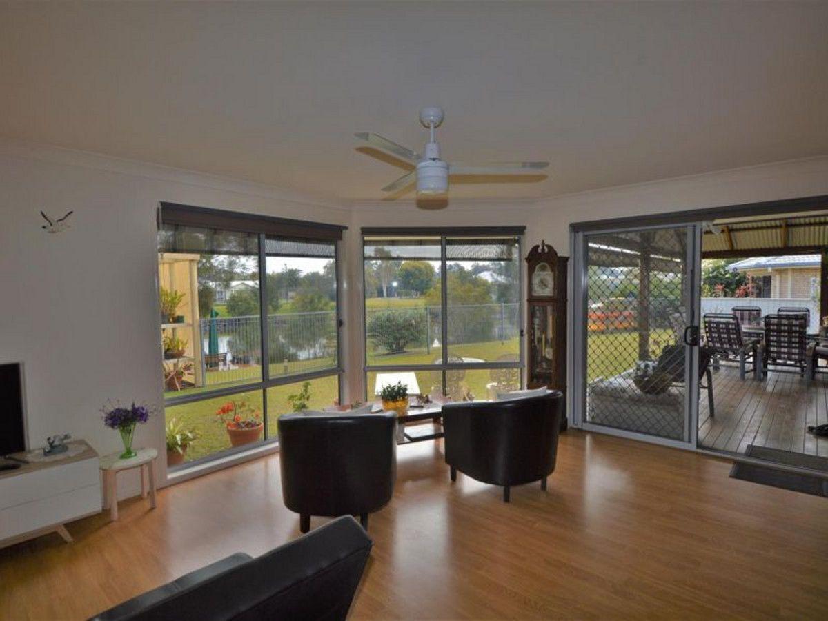 5 Newport Island Circuit, Yamba NSW 2464, Image 1
