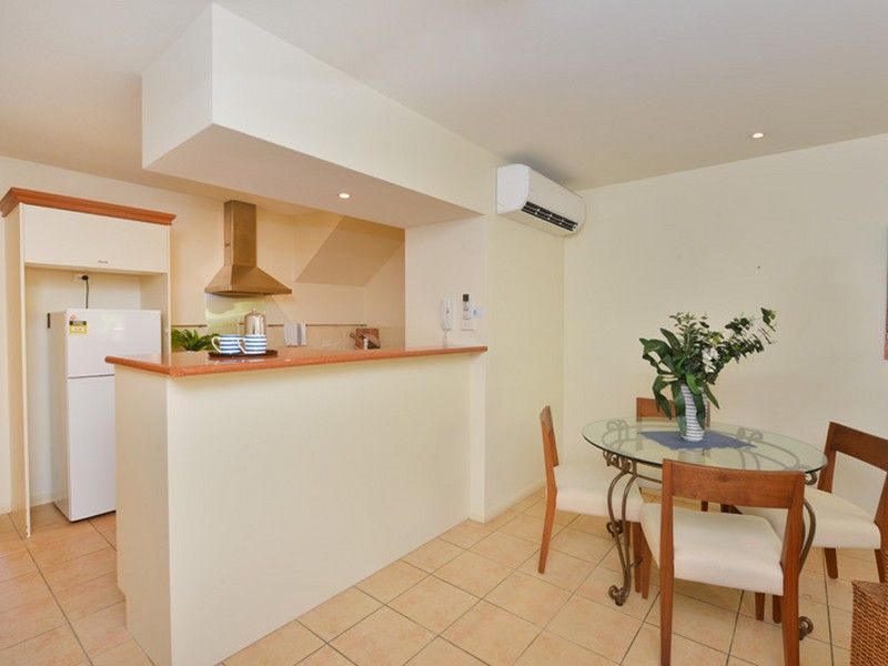 106/2 Greenslopes Street, Cairns North QLD 4870, Image 2