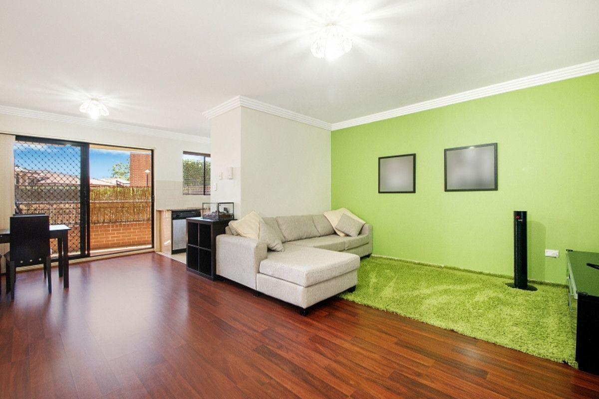 15/49 Dobson Crescent, Baulkham Hills NSW 2153, Image 1