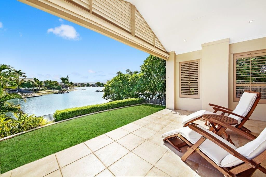 2 Caithness Court, Sorrento QLD 4217, Image 1