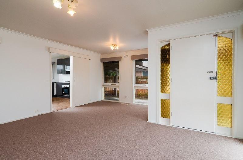 10 Richmond Avenue, Carrum Downs VIC 3201, Image 2