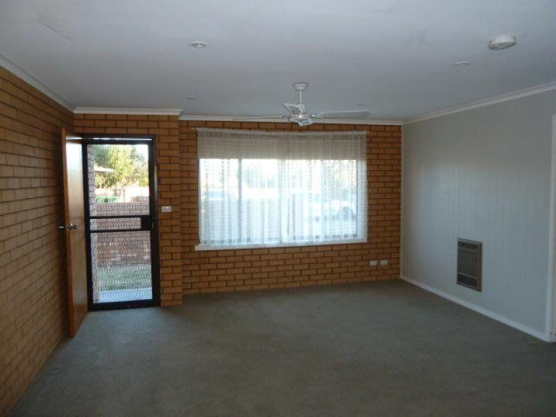 1/482 Hazel Court, Lavington NSW 2641, Image 1