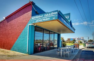 Picture of 477 Esplanade, Lakes Entrance VIC 3909