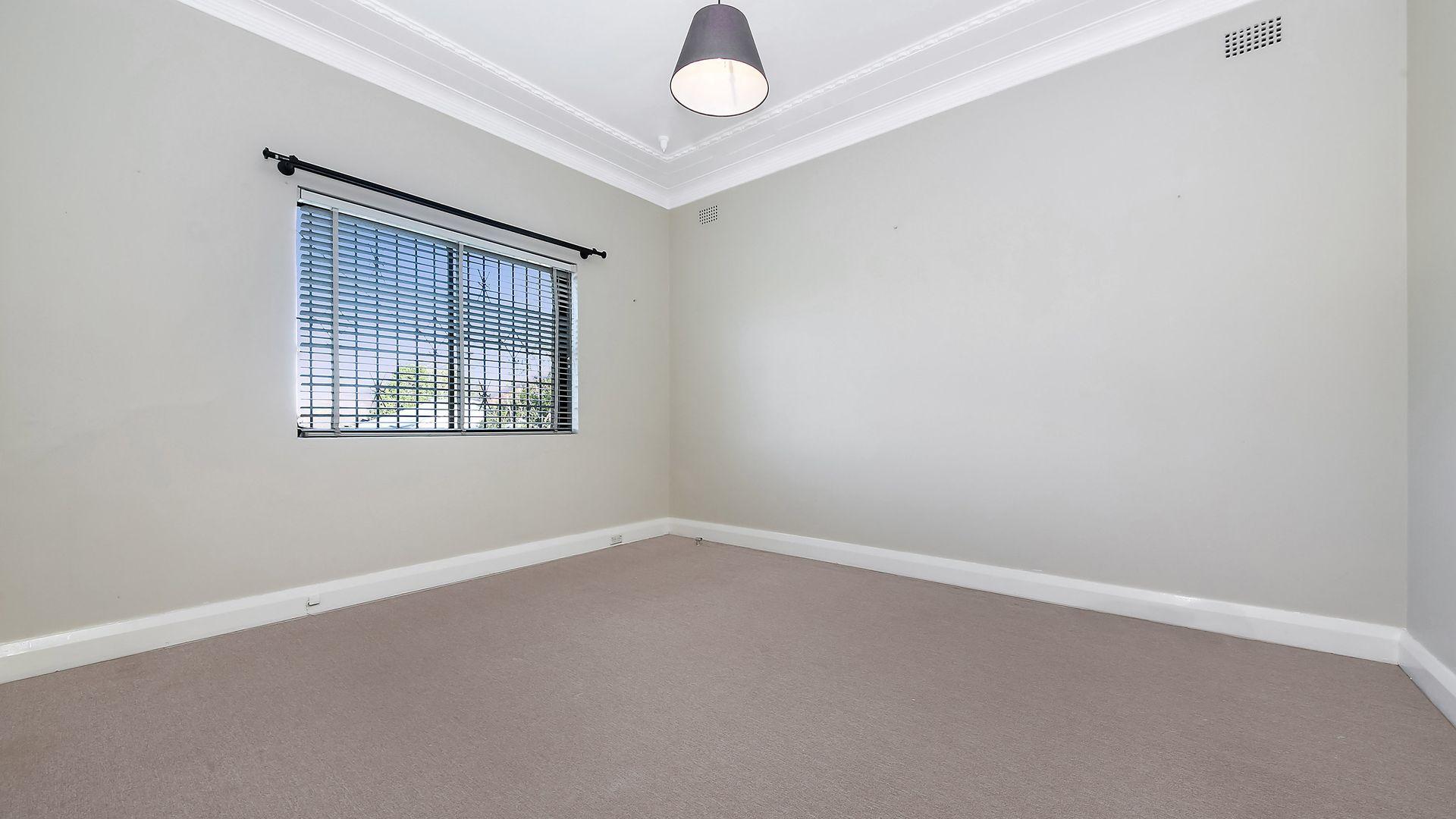 8 Denison st, Parramatta NSW 2150, Image 2